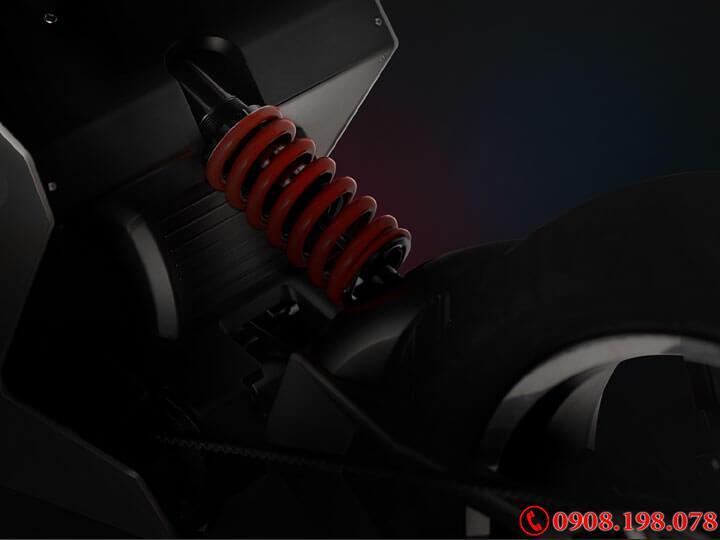 Siêu xe tay ga điện Zapp I300, thiết kế siêu tưởng, Scooter nhanh nhất của Anh Quốc