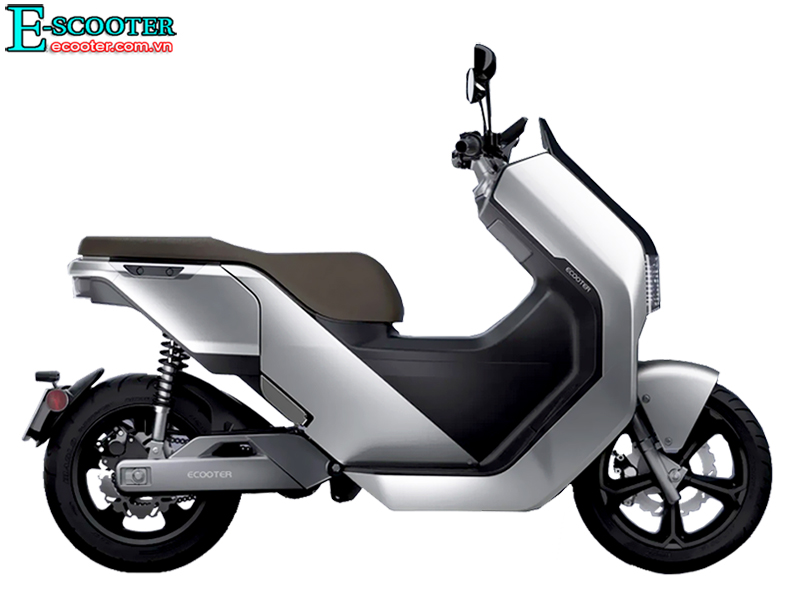 Xe Ecooter E5 5,4Kw 2021, Vận Tốc 105 Km/h, Chạy Xa 200 Km 1 Lần Sạc