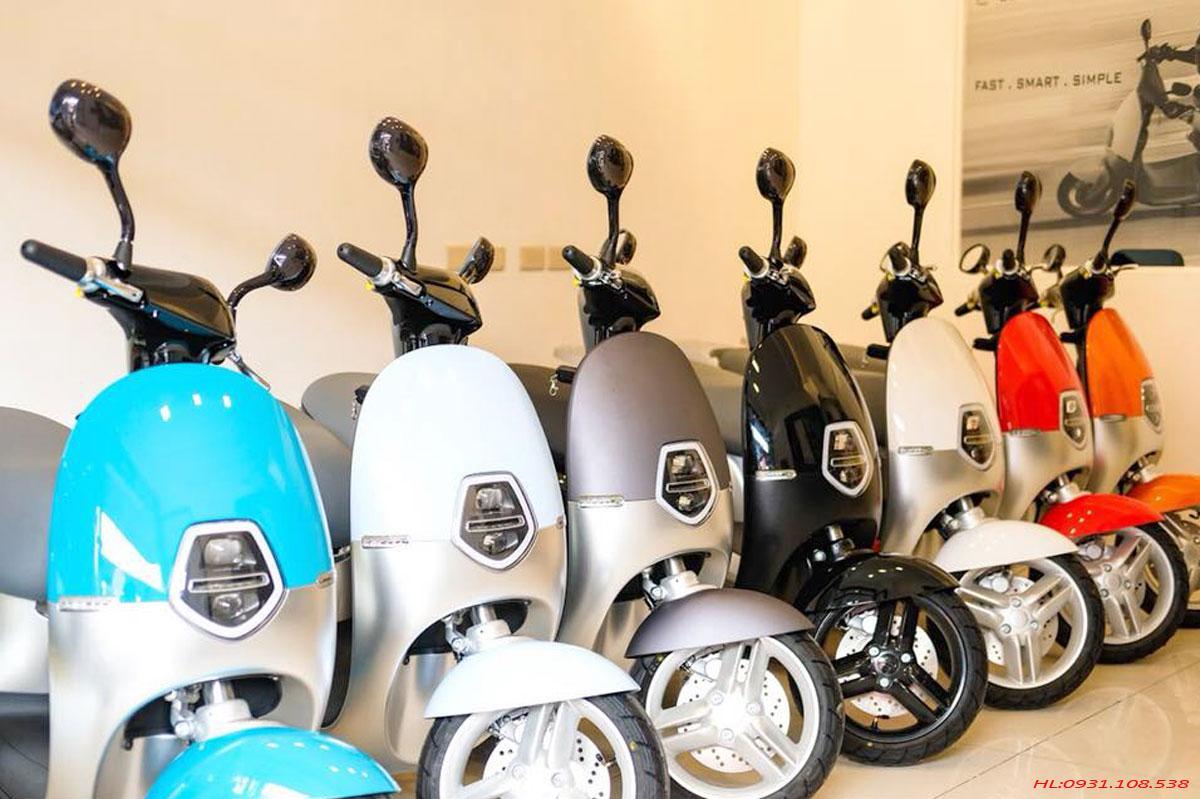Xe-máy-điện-Ecooter-mau-rực-rỡ
