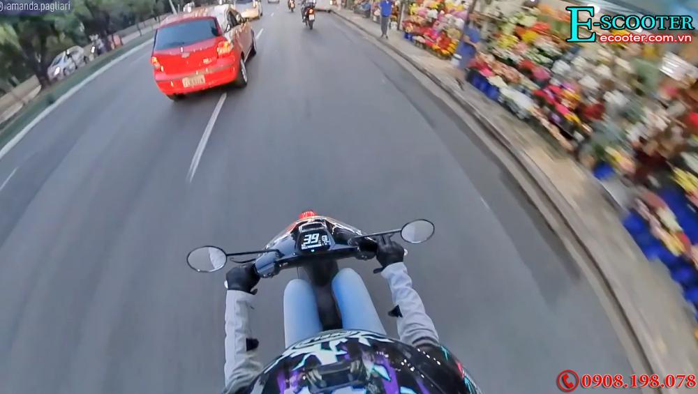 Xe  xe điện bánh kép Super Soco Cux 2700W- Chạy 75km 1 Lần Sạc